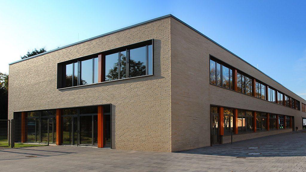 ABC-Klinker Referenzen Verblendklinker Skagen muschelweiß glatt Grundschule in Lünen