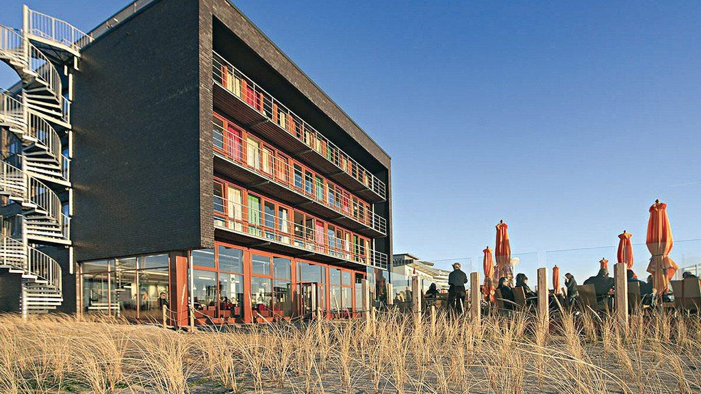 ABC-Klinker Referenzen Verblendklinker Hamburg schwarz-blau-bunt Kohlebrand glatt Strandgut Resort St. Peter-Ording