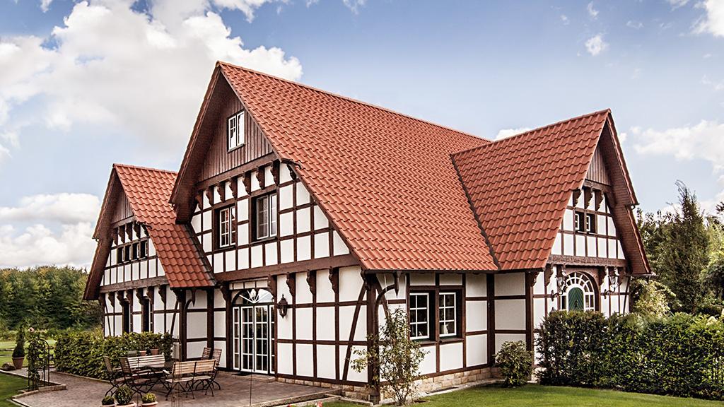 ABC-Klinker Referenzen Dachziegel Teuto-Hohlfalzziegel Kupferbraun Objekt Einfamilienhaus