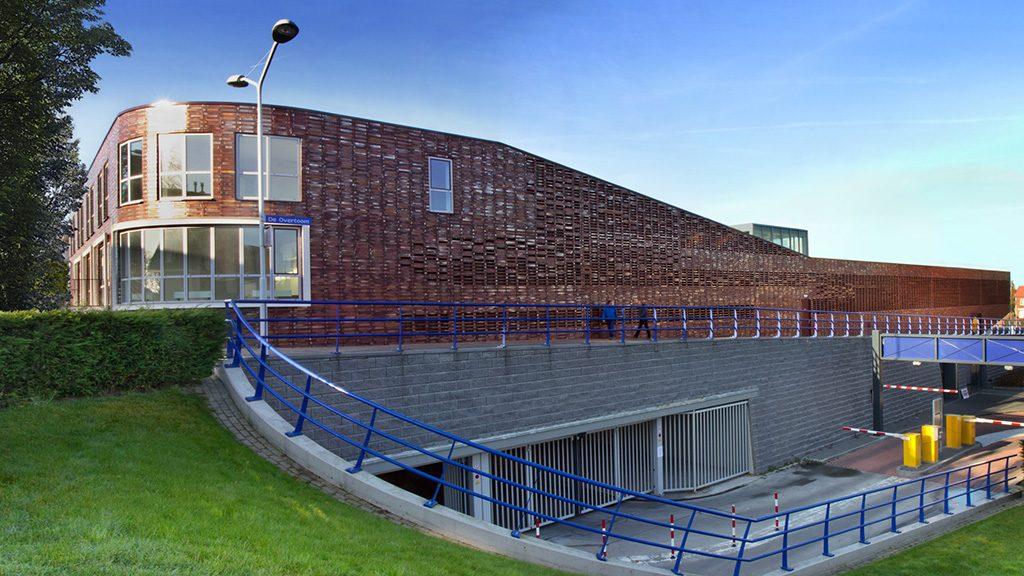ABC-Klinker Referenzen Verblendklinker rot-bunt Schmolz Parkhaus in Papendrecht Niederlande