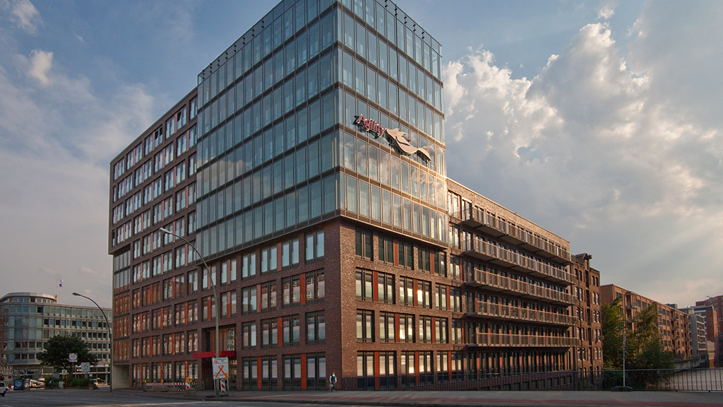 ABC-Klinker Referenzen Verblendklinker Brandenburg rot-bunt_Objekt Bürogebäude Süderstrasse Hamburg