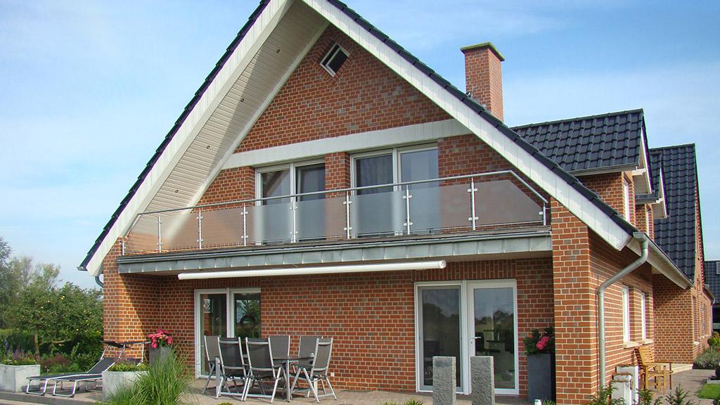 ABC-Klinker_2005522_Ammerland rot-bunt glatt_NF_Objekt Neuenkirchen_1024x576