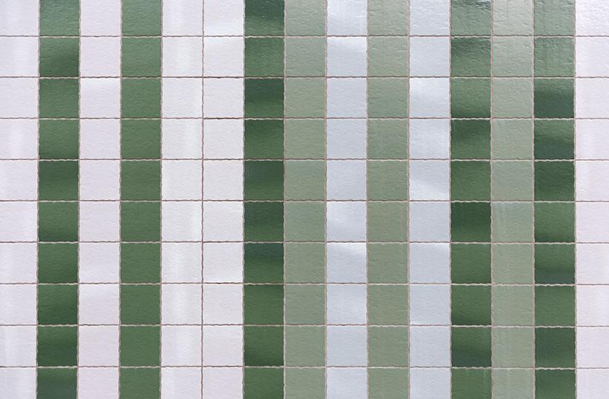 ABC-Klinker_Klinkerriemchen_Weiß und Grün-glasiert_Wohnturm Cortinghborg Groningen, Niederlande (5)